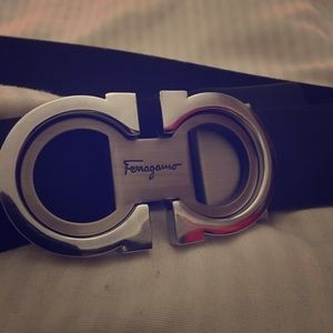 Brand new Ferragamo black belt size 35-40